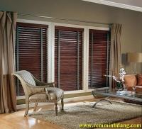 Chọn mua rèm cửa bằng gỗ hay rèm sáo gỗ giá rẻ